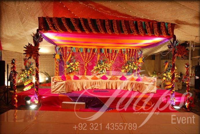 Mehndi Car Decoration : Mehendi stage designer tulipsevent